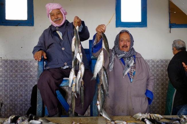 poissonniers au marché de Houm Souk